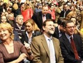 Aguirre y Gallardón volverán a ganar por mayoría absoluta las próximas elecciones