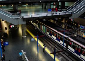 Retrasos en la línea 10 de Metro entre Lago y Gregorio Marañón