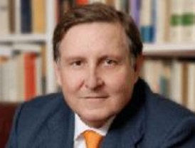 Villapalos: 'Siento tristeza por la continua pérdida de prestigio de la Complutense'