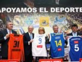 La Comunidad firma un acuerdo para patrocinar a los equipos madrileños de baloncesto
