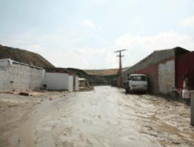 Derribadas varias construcciones en la Cañada