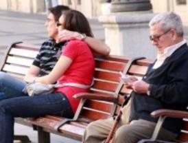 Más de 130.000 mayores viven solos en la capital