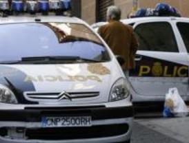 Cuatro detenidos por robar mediante