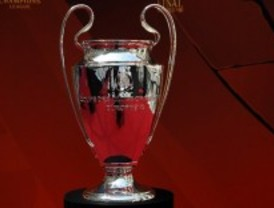 ¿Quiere tocar la Copa de la Champions?