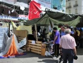 Un grupo de indignados desoye a la asamblea del 15-M y seguirá acampado en Sol