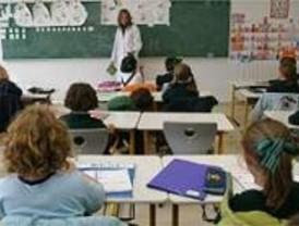 Más de 100 colegios públicos abren este jueves con actividades extraescolares