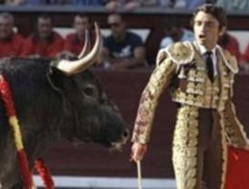 Escolar nos trae la emoción del toro/toro y Robleño la del torero lidiador y valiente