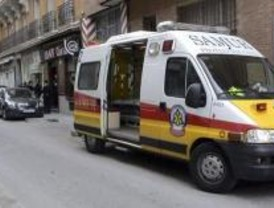 Dos heridos tras el choque de un turismo y un taxi en la Castellana