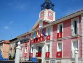 El alcalde de Aranjuez acusa a Gallardón de tratar al municipio