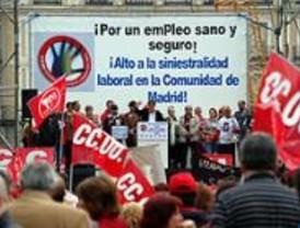 Los sindicatos se manifiestan para pedir medidas más efectivas contra la siniestralidad laboral