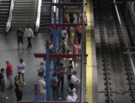 Comprar un 'metrobús' en Madrid permite ahorrar menos que en Valencia o Barcelona