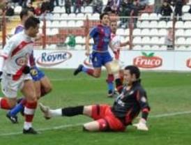 Polémico empate del Rayo contra el Levante