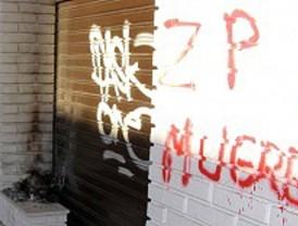 Intentan incendiar una sede del PSOE
