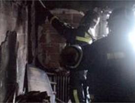 Mueren dos mujeres en el incendio de un edificio de viviendas