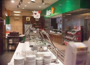 Las cafeterías del aeropuerto de Barajas seguirán con la huelga