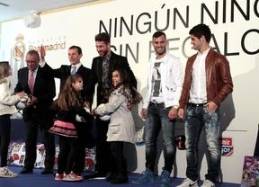 El Real Madrid entrega 1.500 regalos a niños tutelados por el Gobierno regional