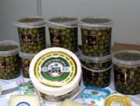 Seis detenidos por robar 700 kilogramos de aceitunas en una finca
