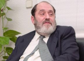Rodríguez Menéndez presenta su personación en el caso del pederasta de Ciudad Lineal