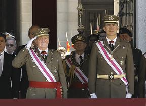 El Rey y el Príncipe, juntos en un acto militar en El Escorial