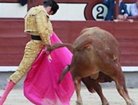 La Feria recupera la normalidad: otro petardo ganadero, ahora de los 'juanpedros', y otra estafa al público