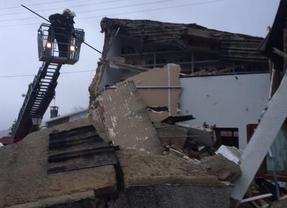 Se derrumba un chalet en Becerril de la Sierra sin daños personales