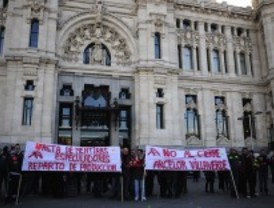 Trabajadores de Arcelor piden la continuidad de la fábrica