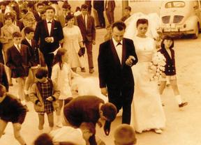 'Y fueron felices', 40 años de bodas en Valdemoro