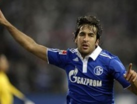 Raúl González dejará el Schalke 04