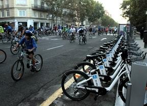 Miles de ciclistas celebran la gran fiesta de la bici