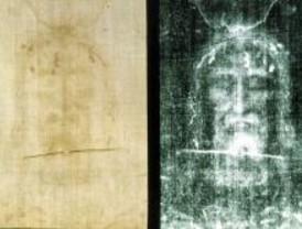 Torres de la Alameda expone una copia de la Sabana Santa de Turín