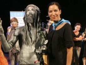 'Cristo' recibe el Premio Especial del Público del X concurso de Estatuas Humanas de Leganés
