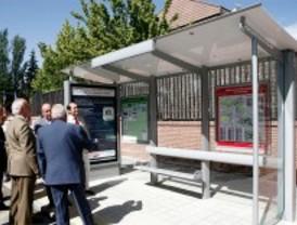 El vandalismo acaba con unas 500 paradas de autobús al año
