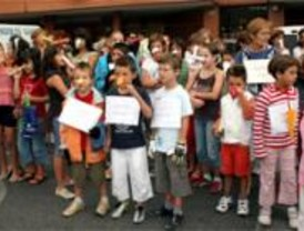 Continúan sin clases en un colegio de Leganés como protesta