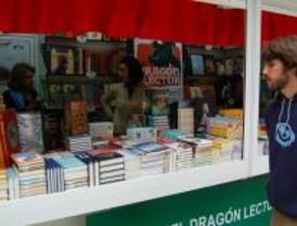 Carabanchel celebra su pequeña Feria del Libro en la Casa del Barrio