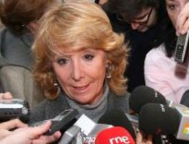 Aguirre exige a Caja Madrid que acate su ley y no cuestione los estatutos