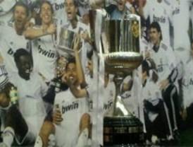 Campaña 2.0: La foto con la Copa y el SOS del PP