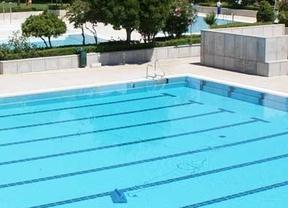 Expedientado por obligar a dos menores a limpiar un polideportivo tras colarse en la piscina de Aranjuez
