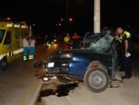 Muere un joven en Alcorcón al colisionar su coche contra una farola