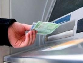 Los bancos suben las comisiones un 15% de media