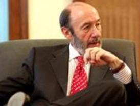 Rubalcaba pide que se ponga fin al debate sobre la autoría del 11-M