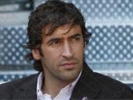Raúl supera a Sanchís como el jugador del Real Madrid con más partidos en Liga