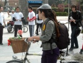 Madrid gana adeptos a la bicicleta