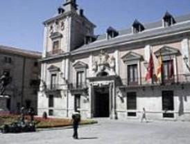 Dentaduras postizas, una taladradora y una guitarra, entre los objetos perdidos en Madrid