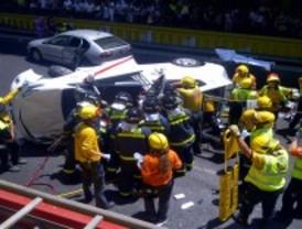 Tres personas resultan heridas en un choque múltiple en Plaza de España