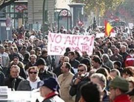 Los taxistas que hicieron huelga por la Ley Omnibus reciben sanciones
