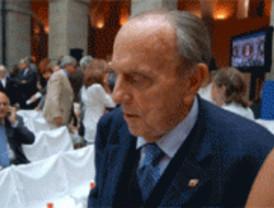 Fraga insiste en la valía de Gallardón y defiende un PP con