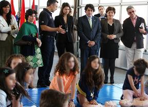 Los niños madrileños estudiarán primeros auxilios en el colegio