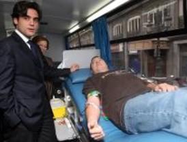 La Comunidad pide a los madrileños que donen sangre en Navidad