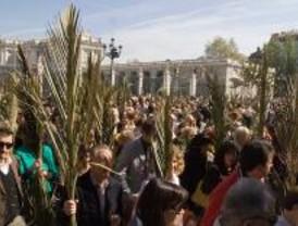 Ramos y palmas por las calles de Madrid