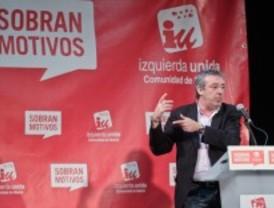 Gordo acusa al PSOE de debilitar a IU y advierte de que los fichajes de invierno
